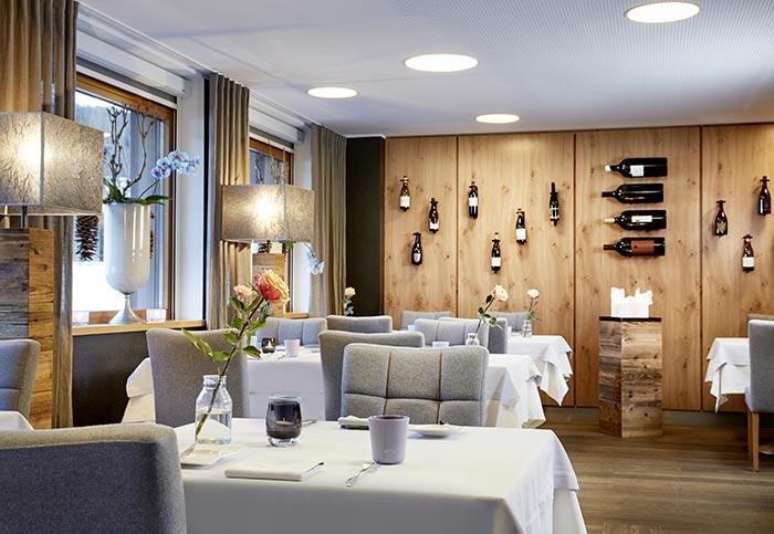 Bistro Restaurant 5-Sterne Relais & Châteaux Luxushotel Gourmetrestaurant Hotel Restaurant Spa Rosengarten Kirchberg Tirol