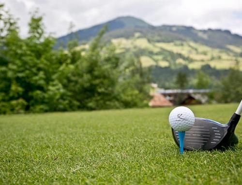 Perfekter Abschlag im Golfhotel Rosengarten