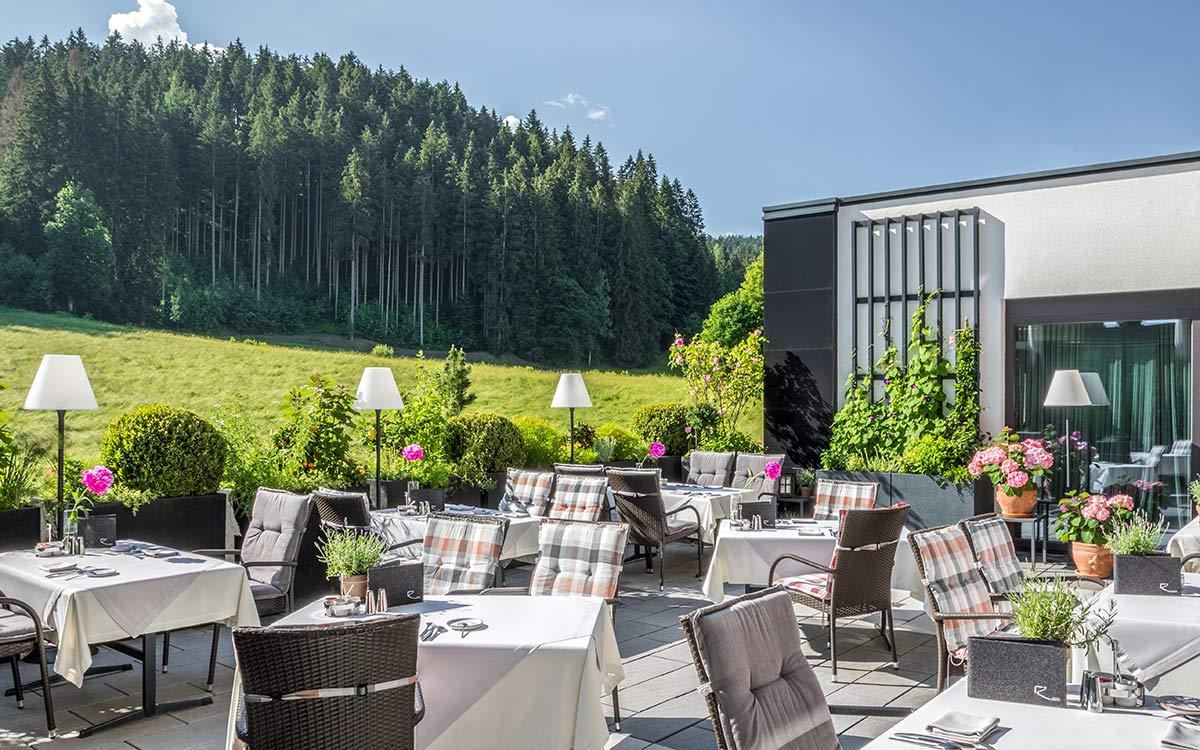 Andreas Gabalier Festival für Gourmets 5-Sterne-Lifestyle im Rosengarten