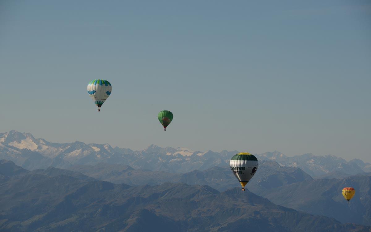 Relais Chateaux Hotel Rosengarten Kirchberg Kitzbuehel Ballooning