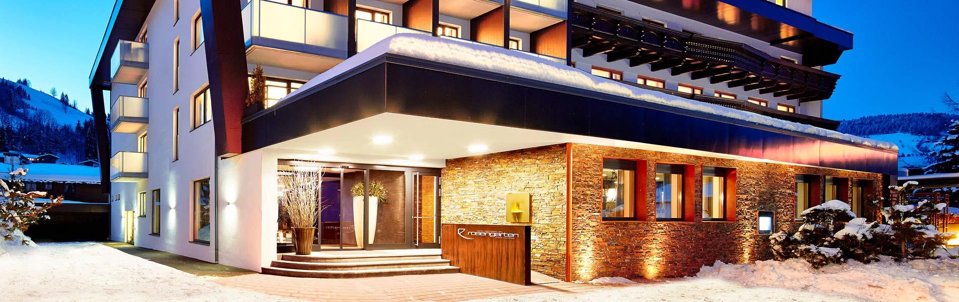 Hotel_Restaurant_Spa_Rosengarten_Kirchberg_Tirol_5-Sterne_Lifestyle_Hotel_Aussenansicht-Winter_1900-600