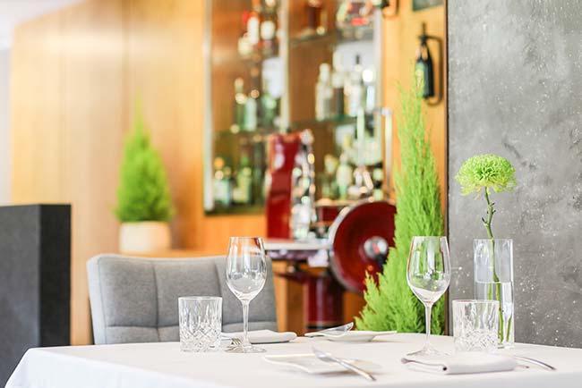Bistro Bildergalerie im 5 Sterne Hotel Restaurant Spa Rosengarten